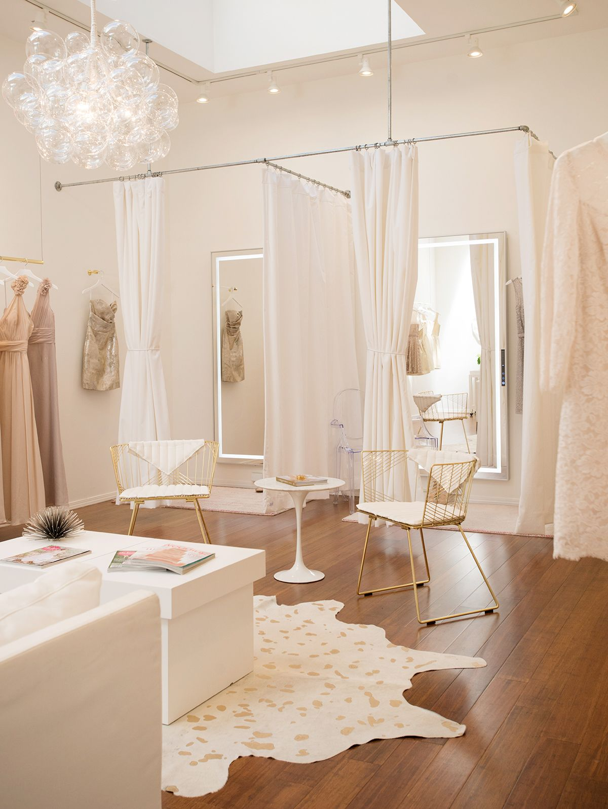 Best 25 bridal boutique ideas on pinterest bridal shop for Boutique interior design