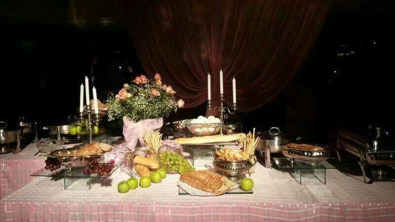 Excepcional Mesa De Buffet De Cocina Imagen - Ideas de Decoración de ...