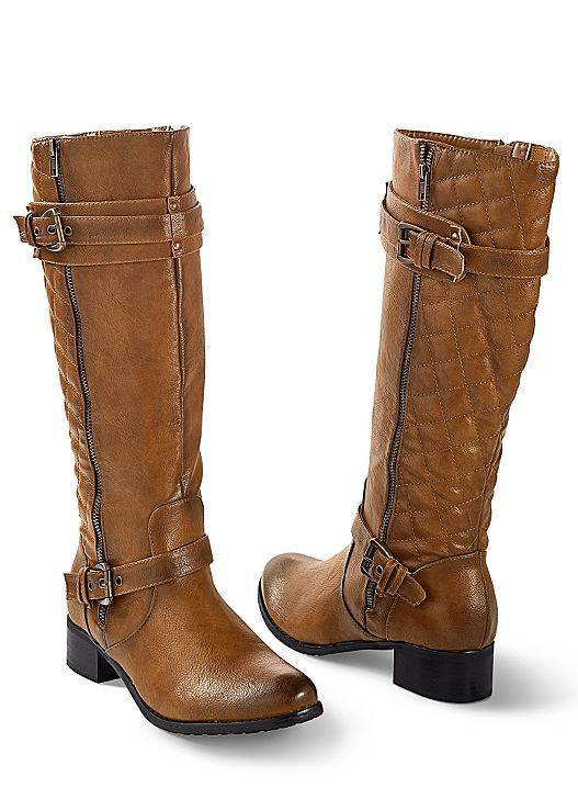 Pairing these boots with leggings or your favorite jeans for the perfect fall look. Venus quilted boot.
