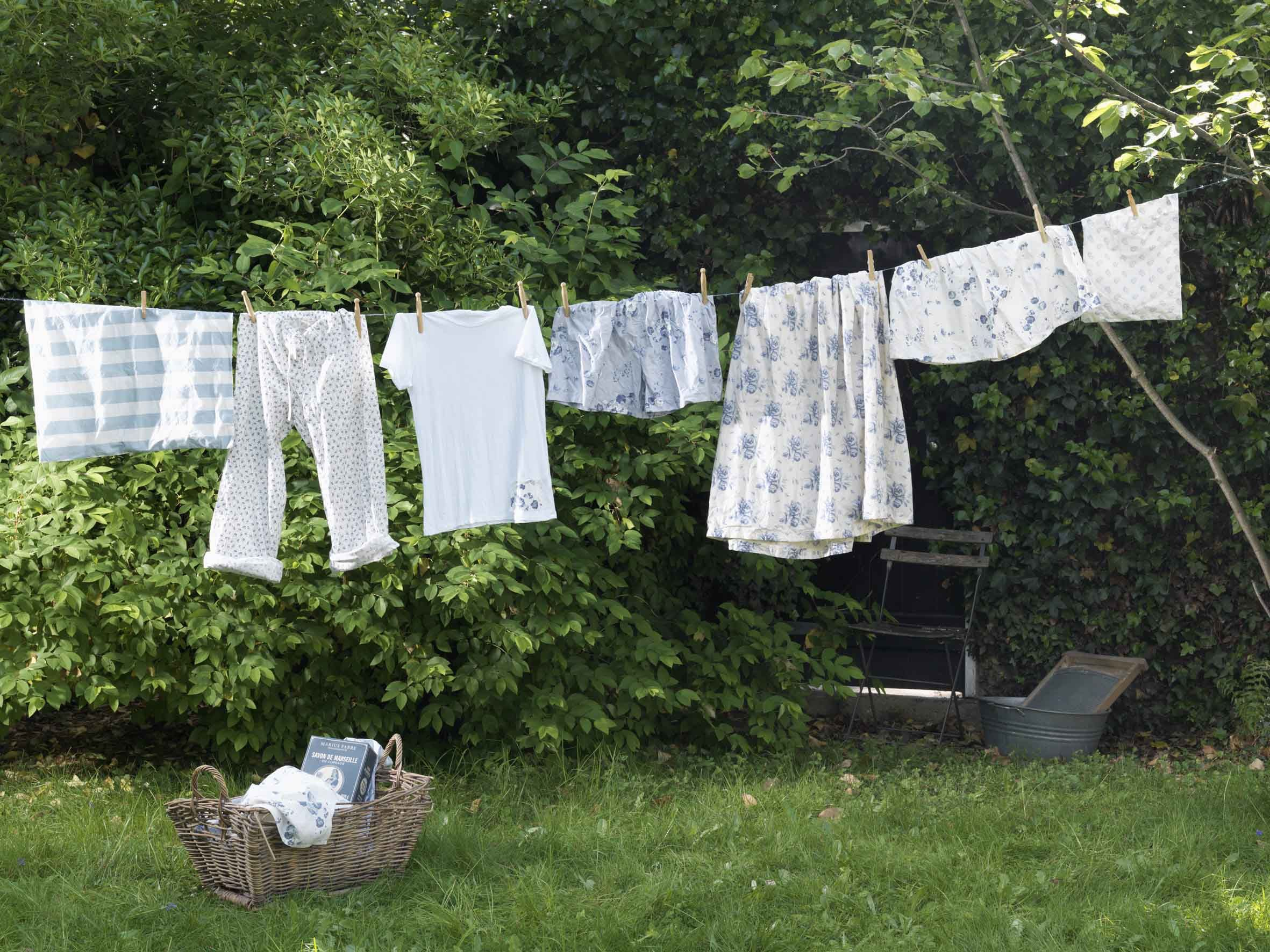 Quotes about love paper napkins never return from a laundry nor - Awe The Smell Of Freshly Line Dried Clothes Outside Mom Hung Out All The Time