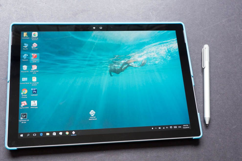 Artist Review Surface Pro 4 As A Drawing Tablet Parka Blogs Drawing Tablet Art Tablet Tablet