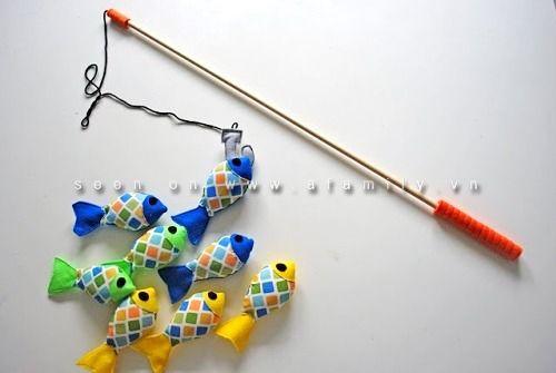 Tự làm bộ đồ chơi câu cá cho bé thật đơn giản! | aFamily