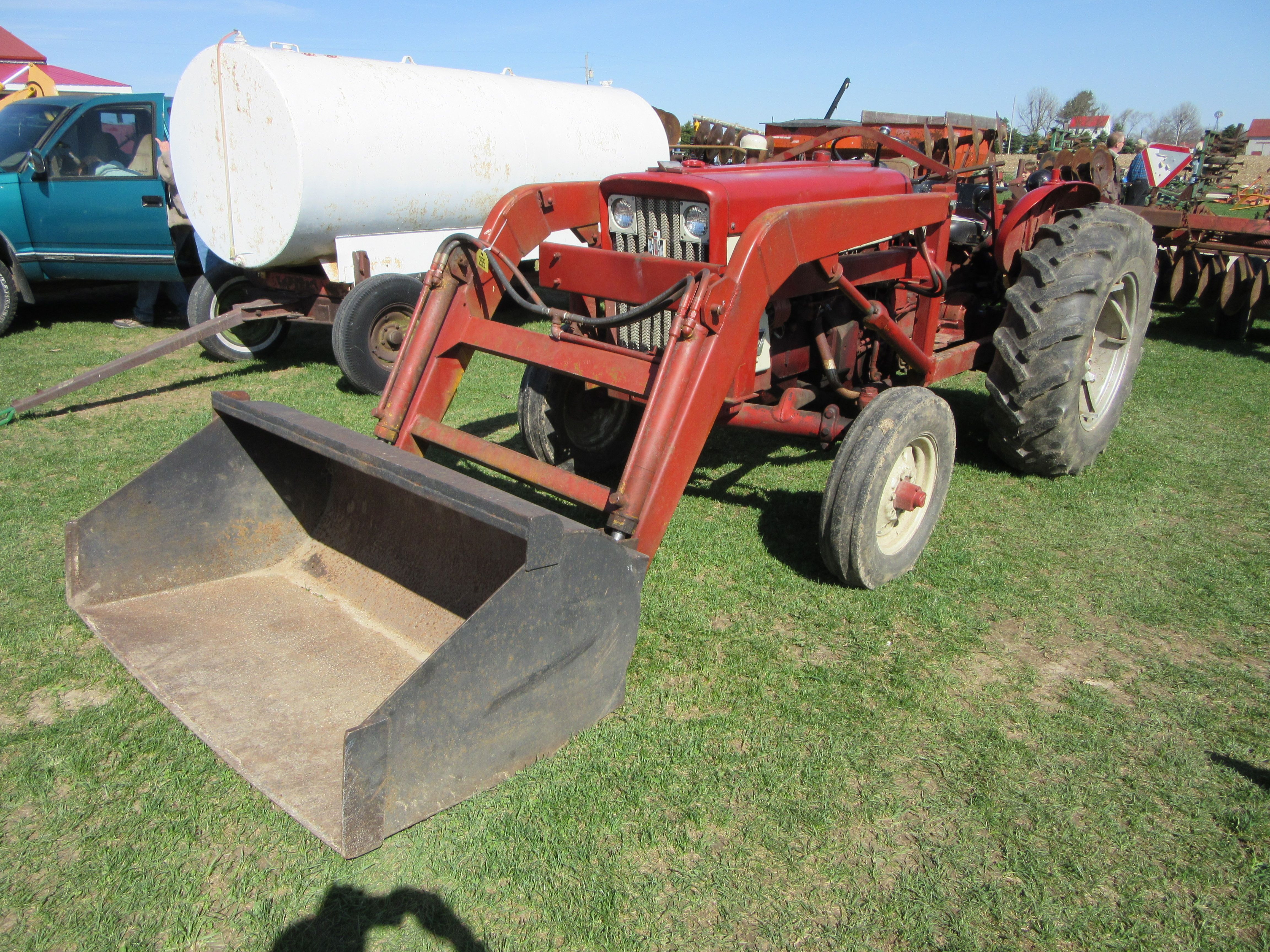 medium resolution of  international 504 tractor loader international farmall tractor on need a wiring diagram