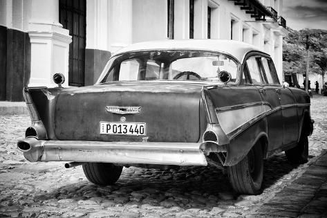 Cuba Fuerte Collection B&W – Old American Classic Car Photographic Print by Philippe Hugonnard | Art.com