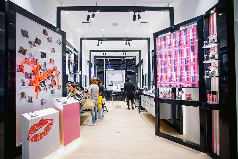 Estee Lauder Counter的圖片搜尋結果 Store Design Interior Shop