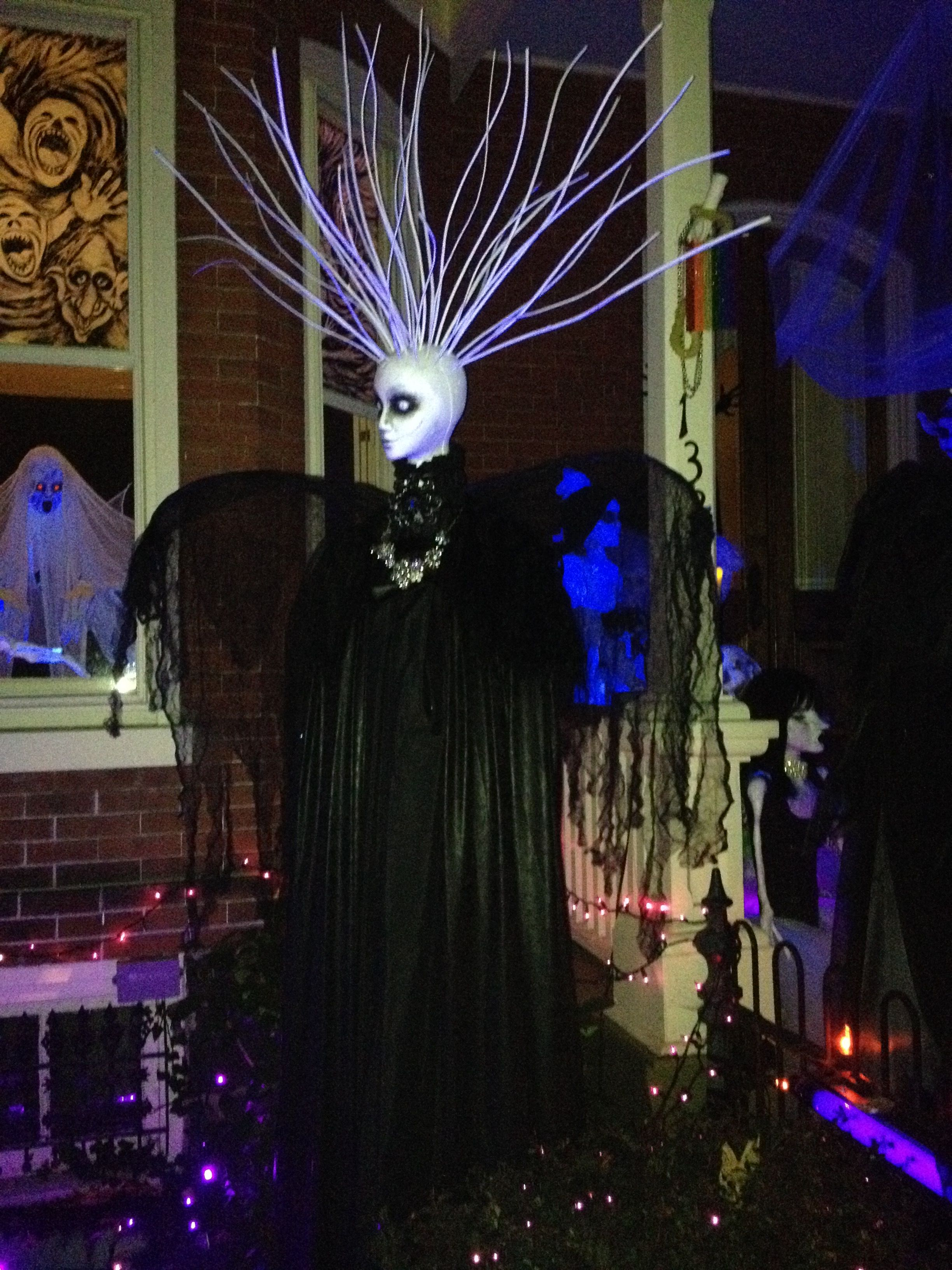 Lambertville, NJ Halloween city, Halloween yard displays
