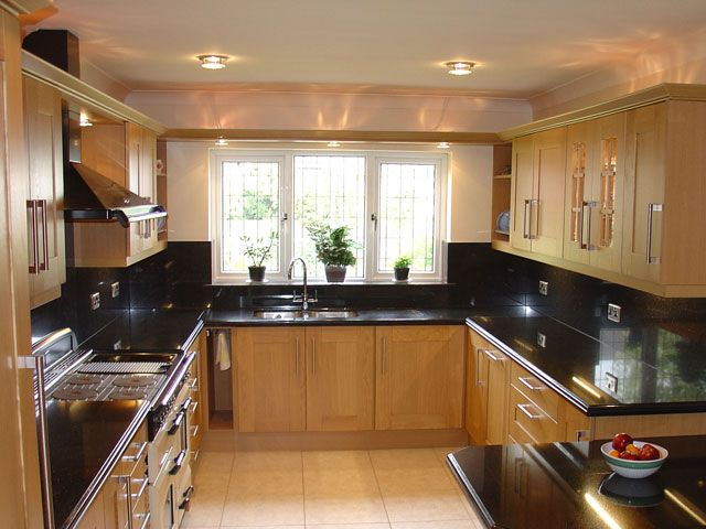 Use The Kitchen Ideas Black Worktop For Improving The Kitchen Value Kitchen And Decor Black Kitchens Kitchen Ideas With Black Worktop Kitchen