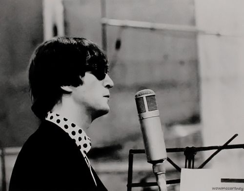 wowmccartney:  John Lennon pictures because I'm in love (✿◠‿◠), 4/∞