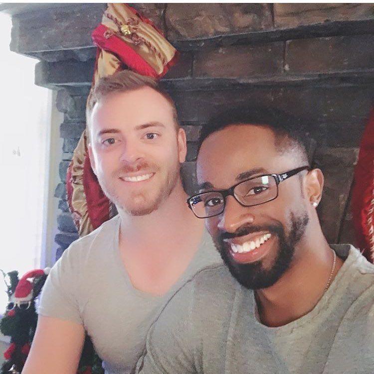 Antoine ar single gay men