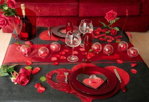 Prepara una cena romantica... leggi il nostro blog: blog.venditalingerie.it