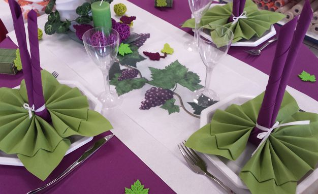 d co de table automne d coration table th me beaujolais chemin de table vigne 30cm x 5m. Black Bedroom Furniture Sets. Home Design Ideas