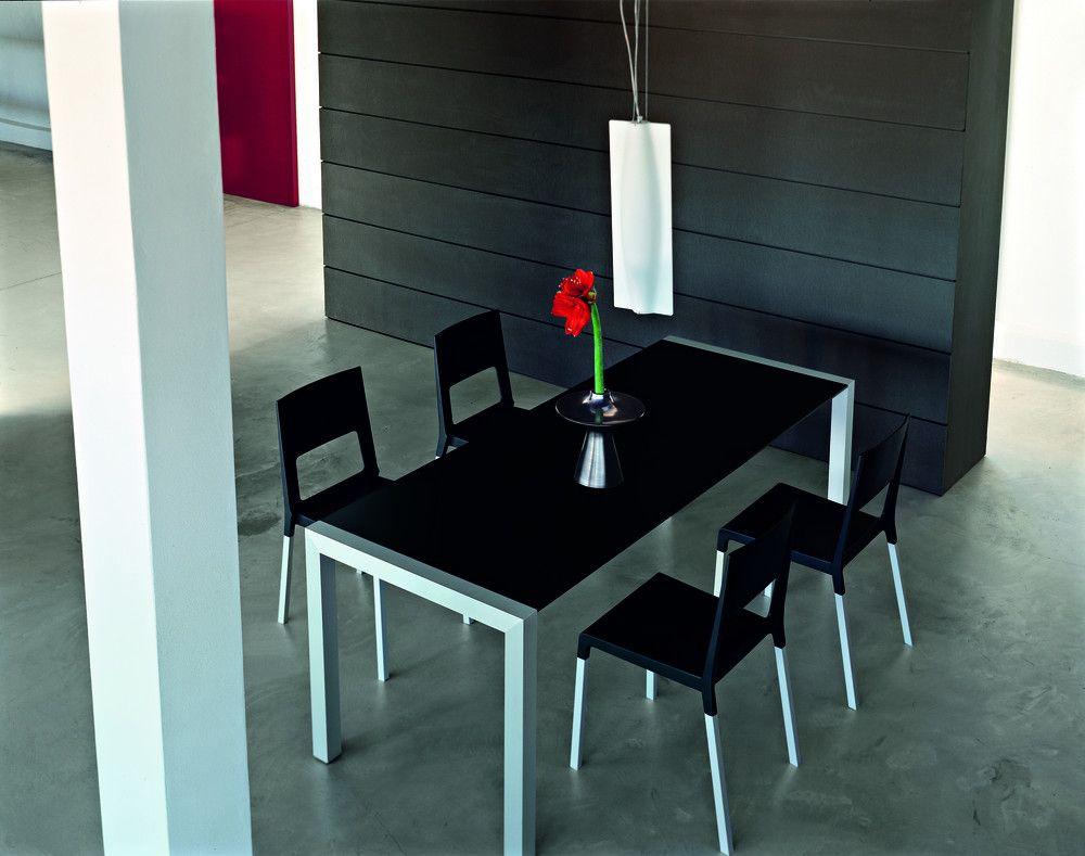 Formarredo Due Kristalia Tavoli Sedie Seggiole Sgabelli Complementi D Arredamento Lissone Milano Monza E B Tavolo Design Tavoli Da Pranzo Tavoli
