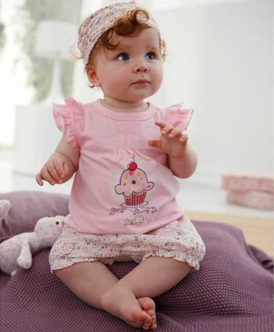 Cute Baby Clothing Cute Babies Pictures With Love Quotes ...