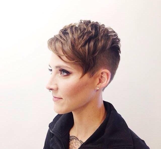Moderne Undercut Frisuren Für Frauen Die Keine Angst Vor Dem