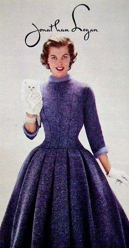 Mode Des Années 50, Mode Bleu, Vetement Vintage, Catholique, Les Années 50,  Annee, Mode Femme, Vintage Rétro, Style Vintage fb2b384bbdcb