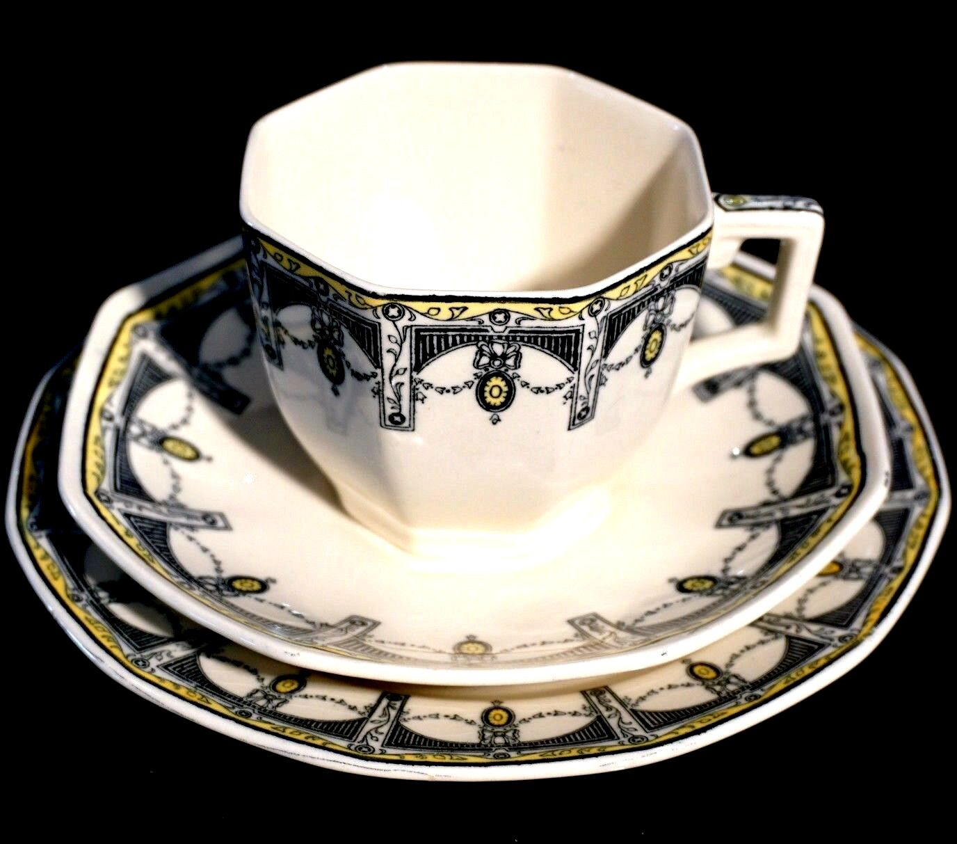 Details About Beautiful Royal Doulton Claremont Trio Circa 1912 Tea Sets Vintage Antique Tea Cups Royal Doulton