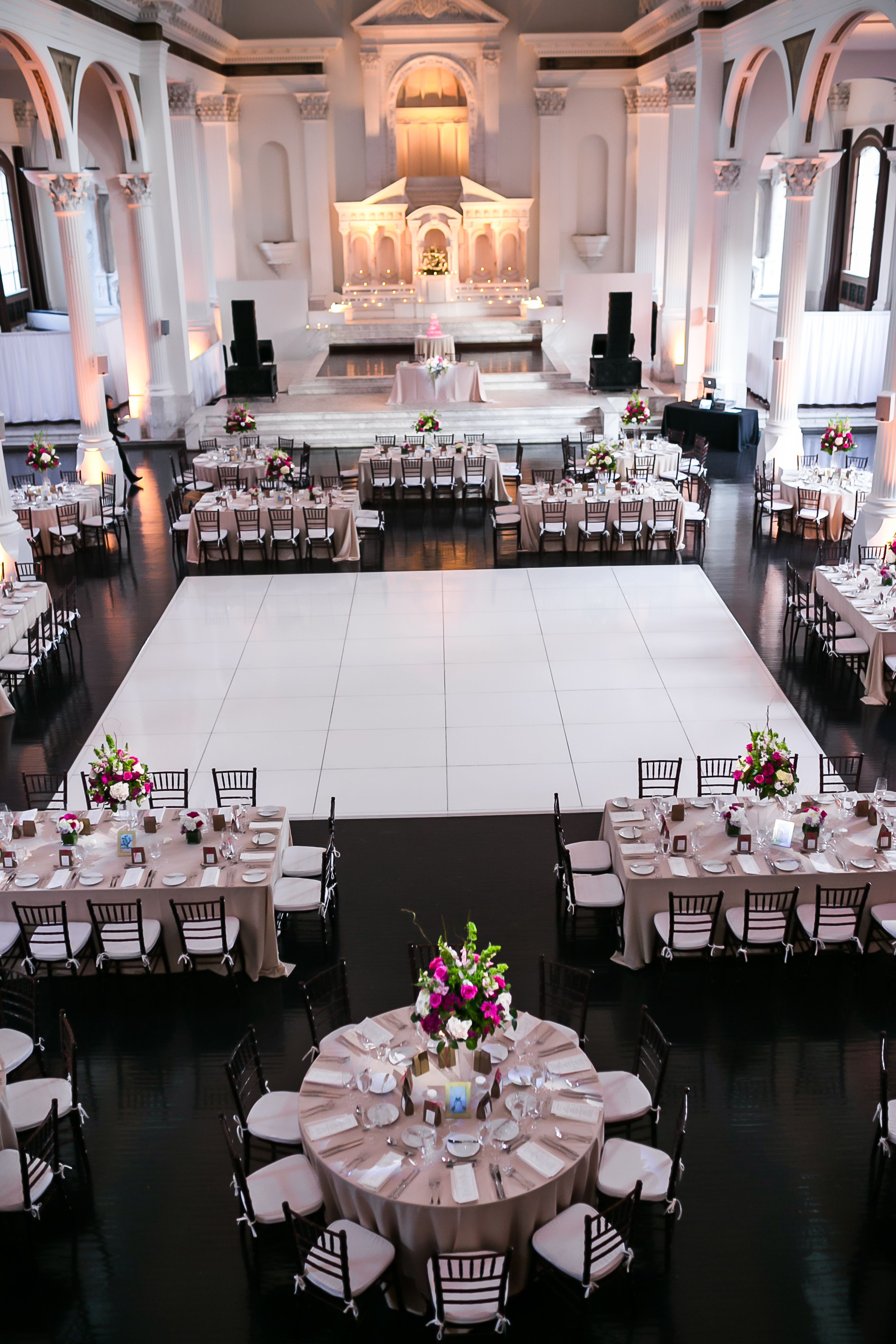 The Reception At The Vibiana Los Angeles Wedding Reception Layout Wedding Table Layouts Reception Layout