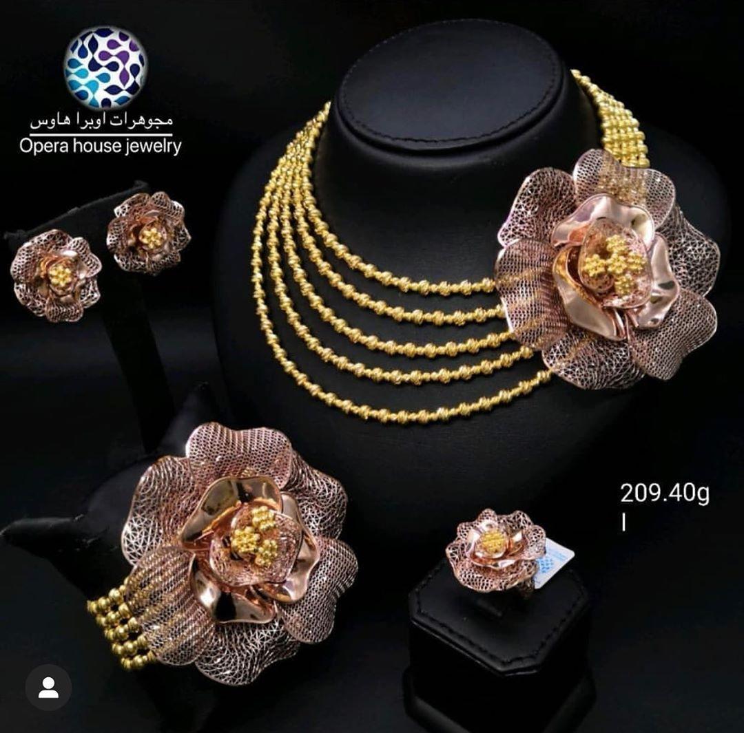 Opera House Jewellery طقم فخم ذهب عيار 21 من مجوهرات أوبرا هاوس للطلب والاستفسار عن الاسعار التواصل مع ال Gold Design Statement Necklace Gold