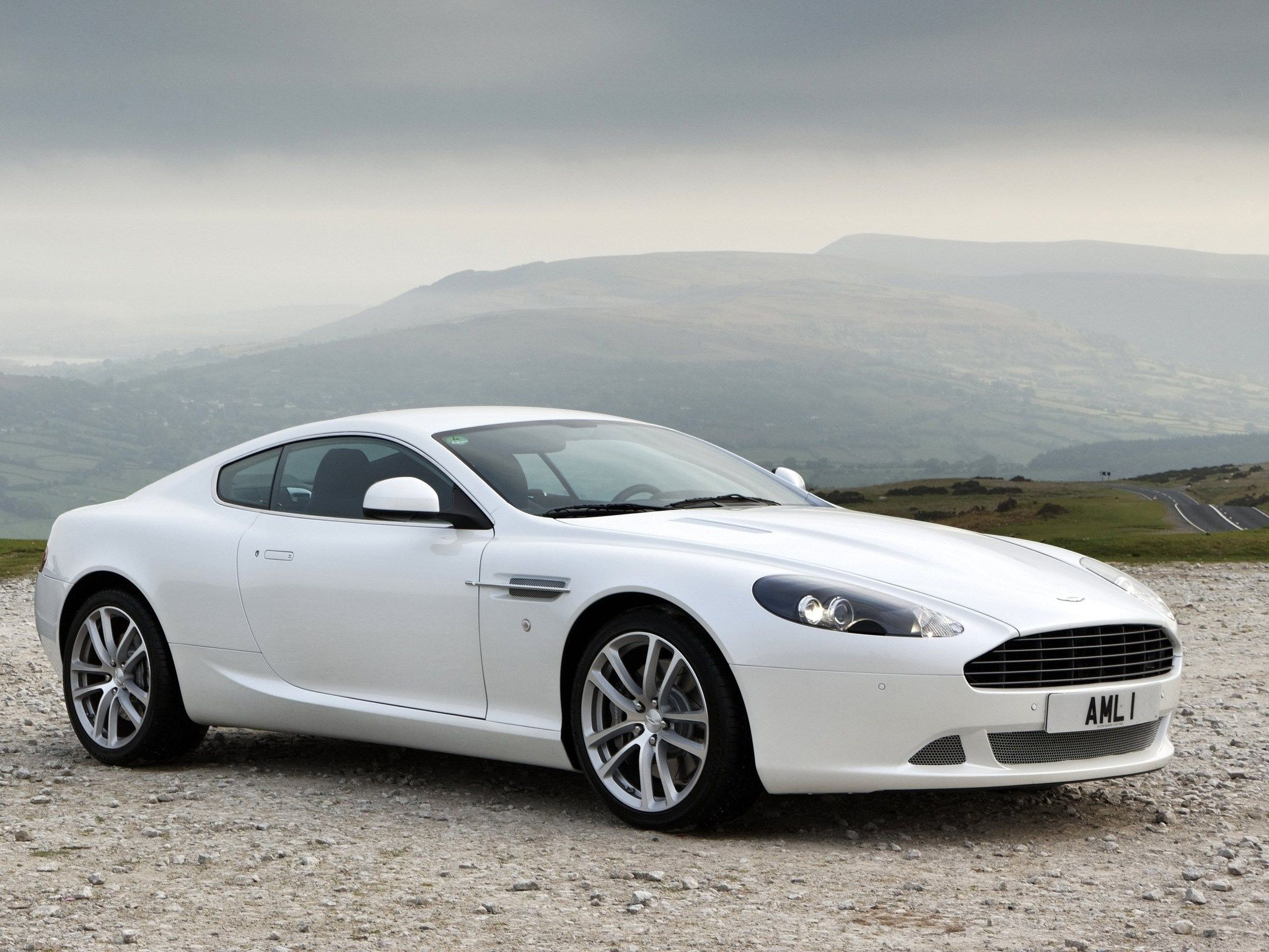 2048x1536 Px Aston Martin Db9 Wallpaper By Meadow Grant For