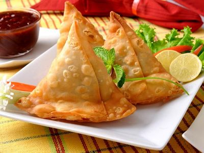 Learn healthy recipe of vegetable samosa make it at home learn healthy recipe of vegetable samosa make it at home especially for kids forumfinder Choice Image