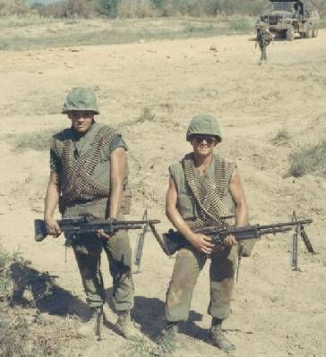 USMC machine gunners - nothing more deadly | 66-67-68 | Pinterest ...