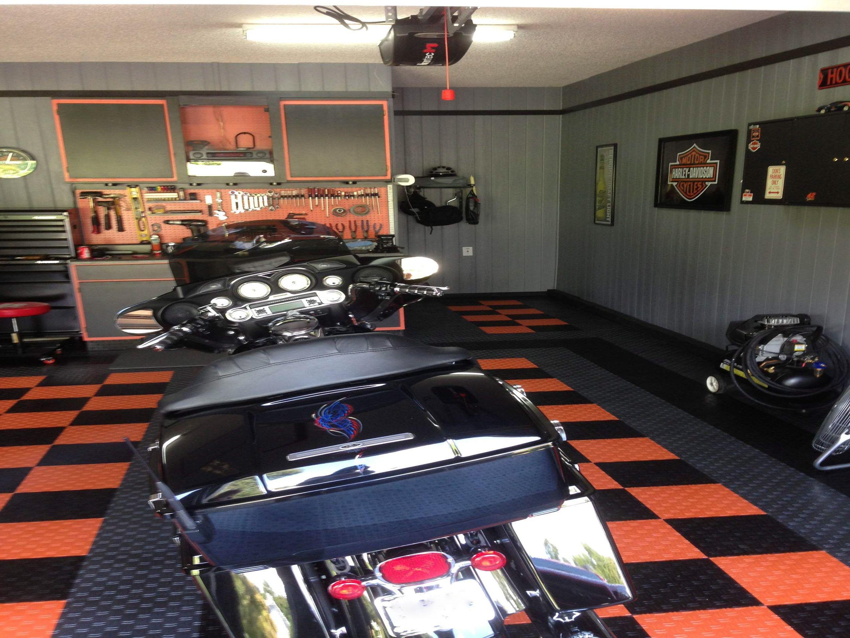 Harley Davidson Garage By Racedeck Garage Floors Http Www Racedeck Com Hd Harleydavidson Garagefloors Garagefloortile Garageflooring Racedeck Garagem