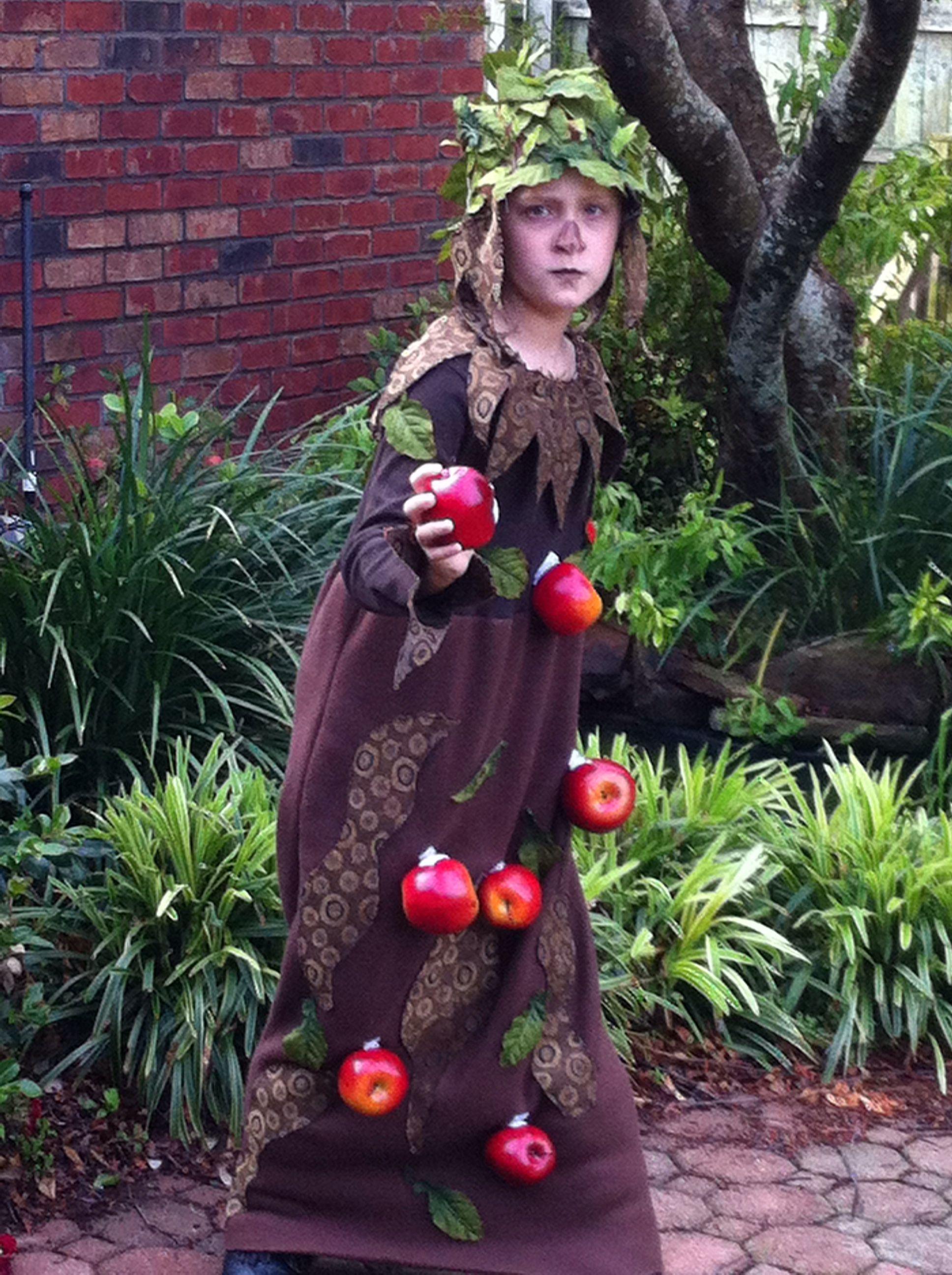 Wizard Of Oz Apple Tree. Easy Fun Homemade Costumes