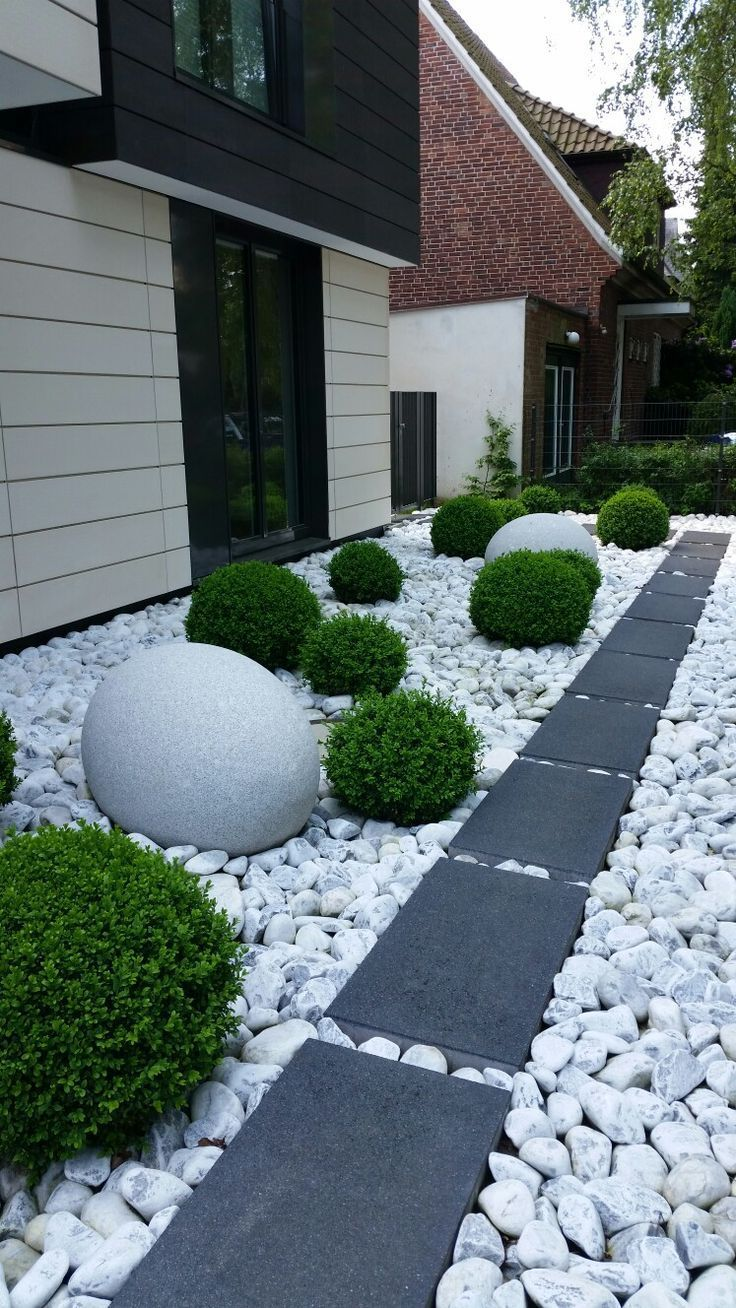 Rock garden Hamburg  No mowing! is part of Courtyard landscaping, Backyard landscaping designs, Rock garden landscaping, Garden design, Outdoor gardens design, Side yard landscaping - Rock garden Hamburg  No mowing!