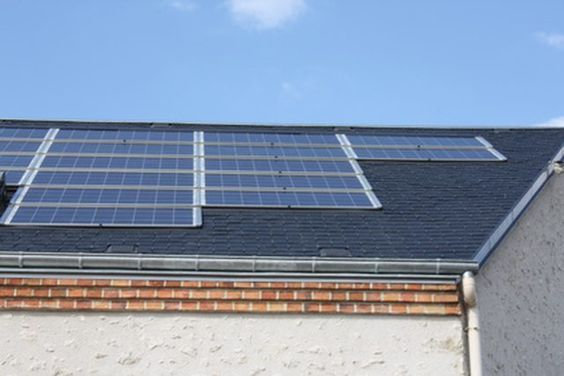 How To Wire A Solar Panel To A Battery To An Inverter Used Solar Panels Solar Panels Best Solar Panels
