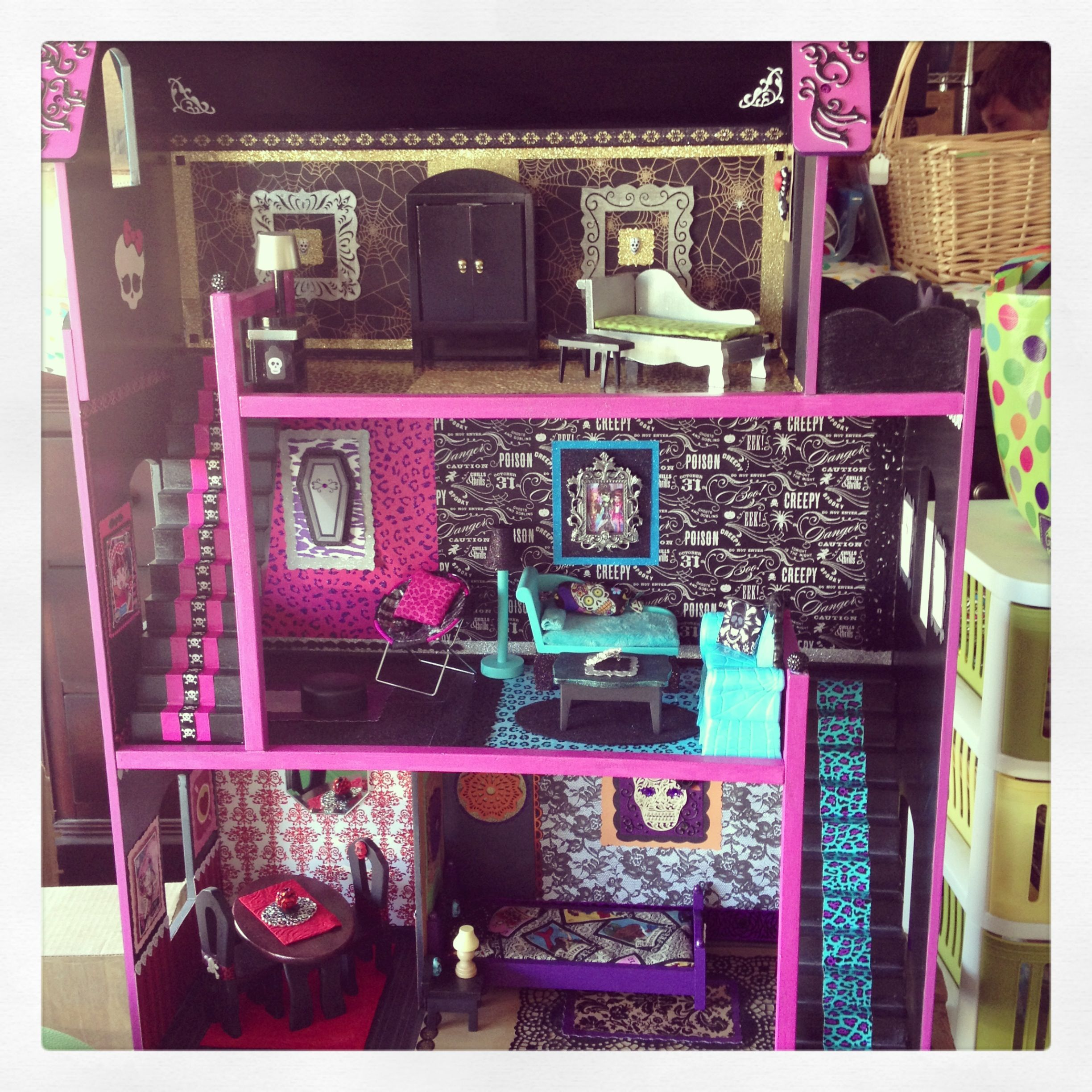 Livias Monster High Doll House Sweet Sin Boutique Monster High