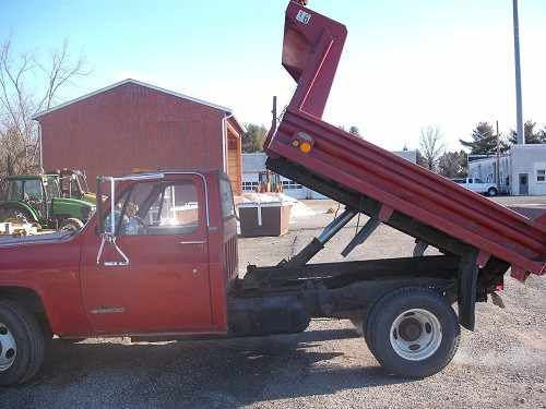 Online Government Auctions Of Government Surplus Dump Trucks Chevy Trucks Old Trucks