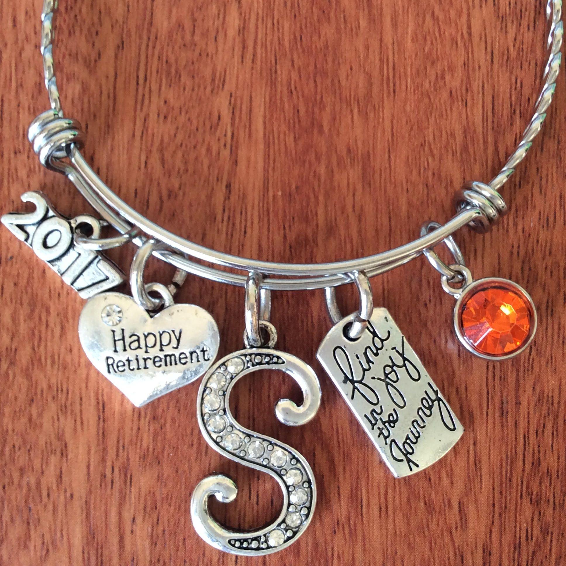Teacher Personalised Engraved Charm Bracelet Women's JATeEGY