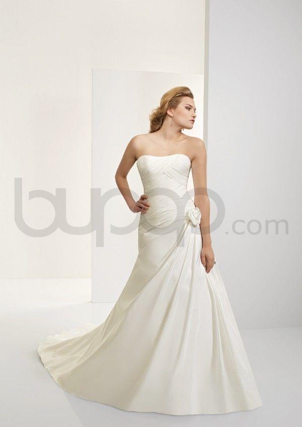 A-line Silk Taffeta Corset Bodice Strapless Neckline Chapel Train Wedding Dresses