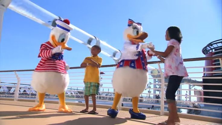 Disney Dream Cruise Review & Disney Cruise Line Tips In