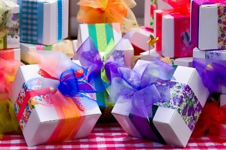 Beautifully Wrapped Presents Gifts Presents Send