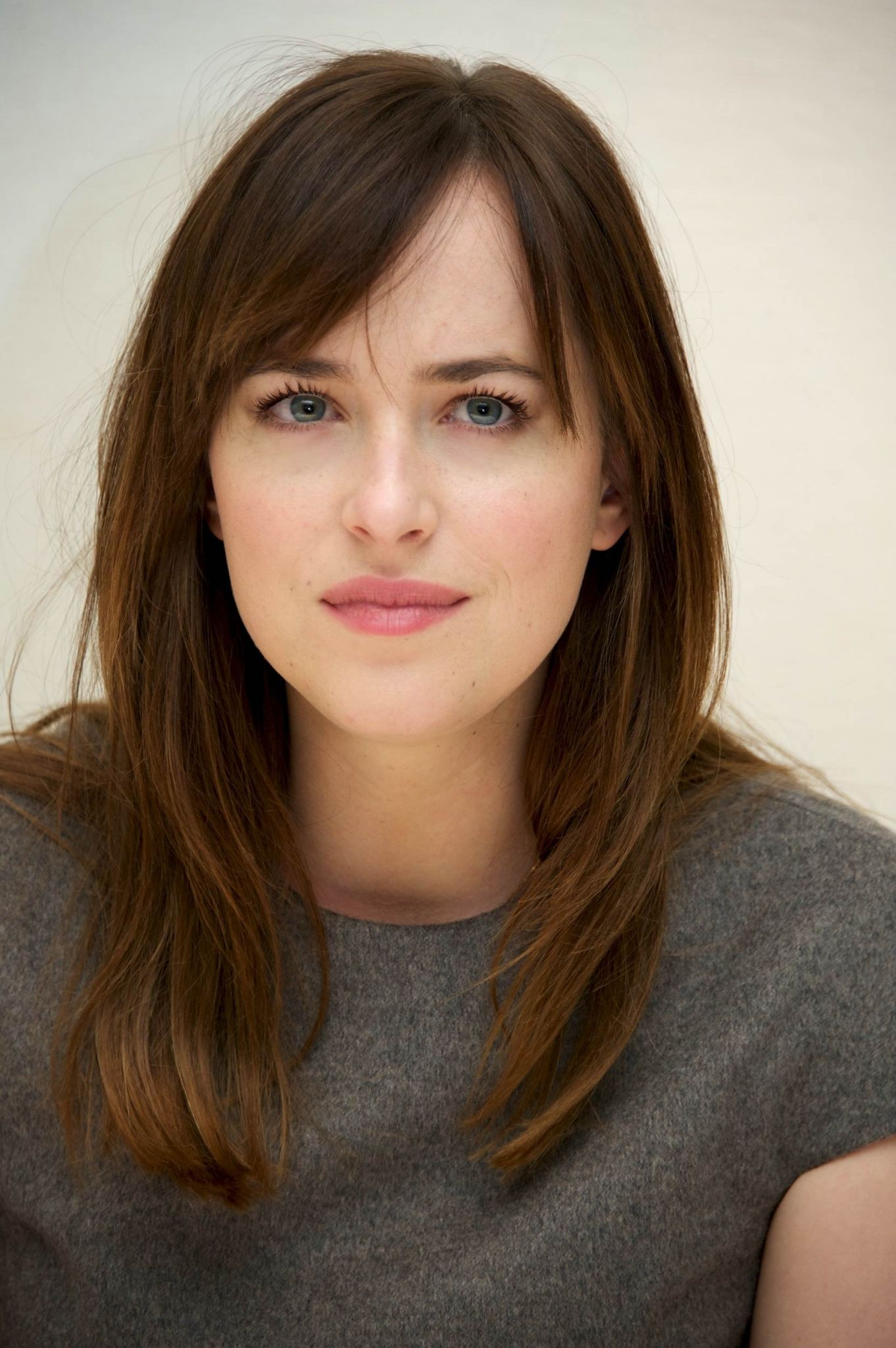 Dakota Johnson Daily Pictures Click Image To Close This Window Medium Length Hair With Bangs Hair Styles Thick Hair Styles