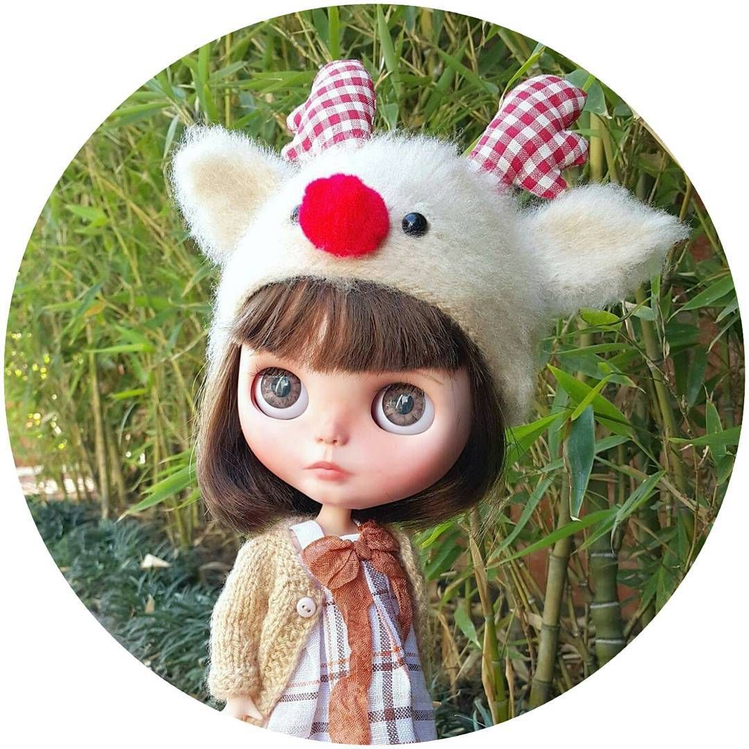 What do you think about a preorder of Reindeer hats? ❤ ____________________ #Sonydolls #blythedoll #custombysony #customblythe #blythe #dollphotography #blytheaday #dolllovers #dolls #muñeca #rodolfoelreno #boneca #toys #blythestagram #instablythe #dollstagram #hat #handmade #reindeer #rednose #christmas #navidad #wip #workinprogress #etsy #bestofetsy #preorder #babyface #bigeyes #reno