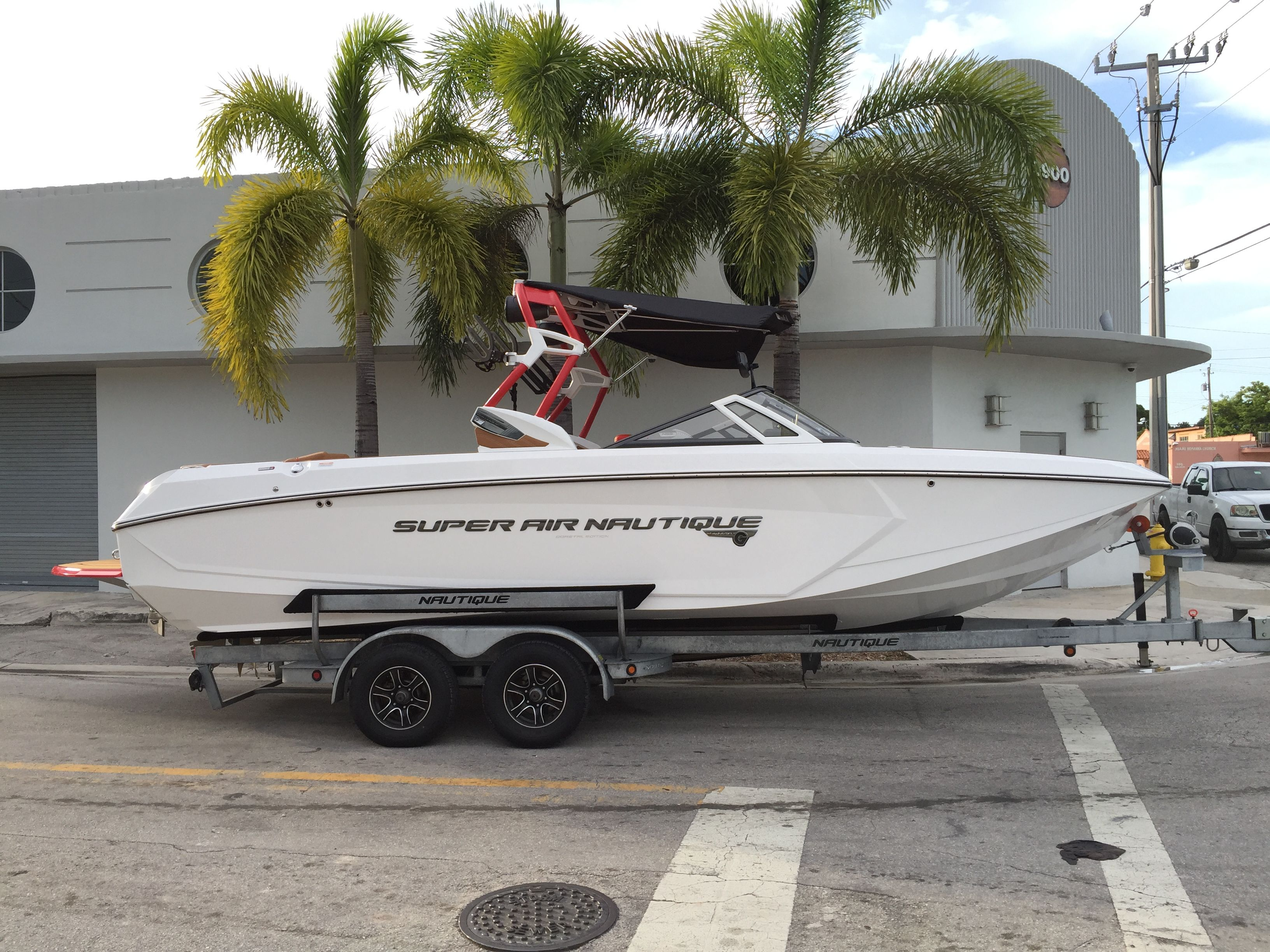 2016 Super Air Nautique G25 Boat, Boats for sale, Lake toys