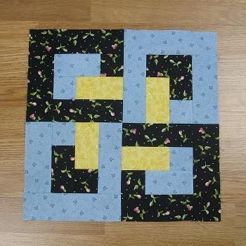 oday we're going to sew together this modern-looking traditional quilt block called Interlocking O's. The pattern is attributed to Doris Dace but I couldn't find any more information about it other than that.