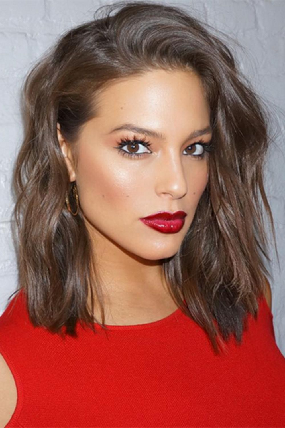 Bob Hairstyles To Give You All The Short Hair Inspo   great hair     Ashley Graham Is Transformed After Cutting Her Long Hair Into A Lob  2016