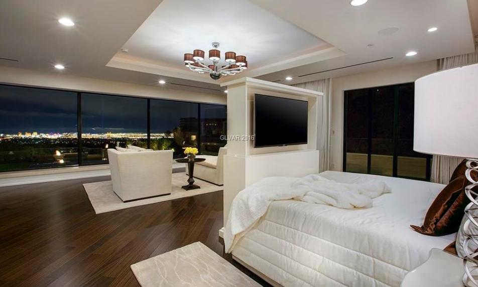 9 Echo Peak Ln, Las Vegas, NV For Sale MLS# 1821210 - Movoto | Home ...
