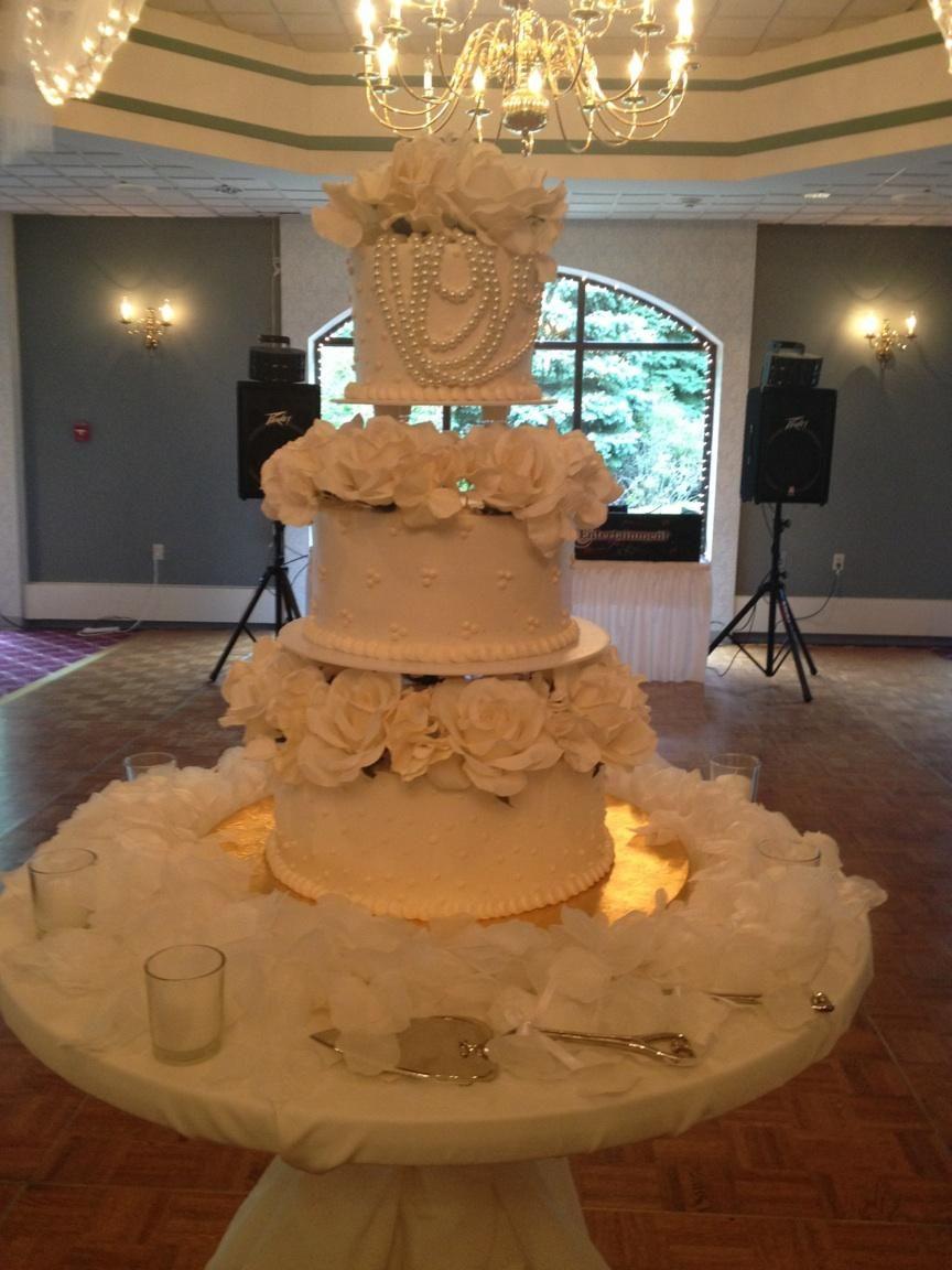 Calumet Bakery Wedding Cake 34 Super Cute And Legit At My Venue Already