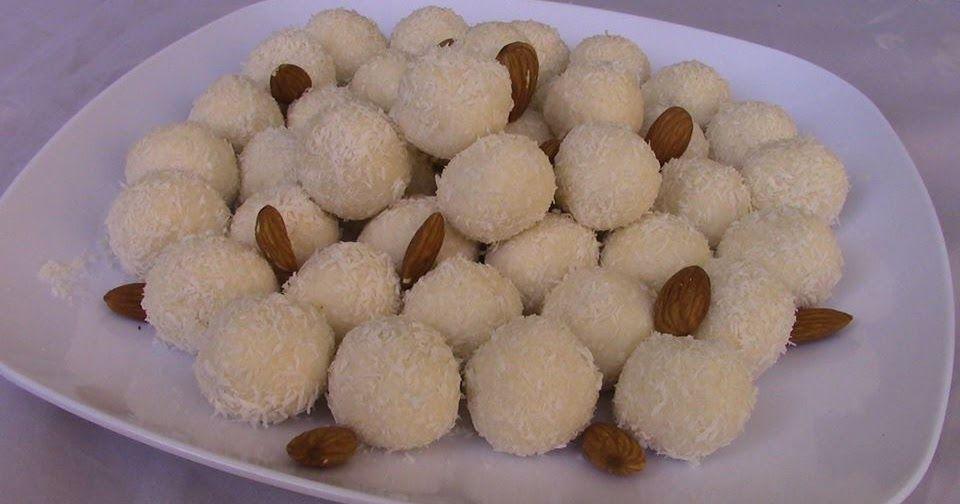 حلى رافايلو بثلاث مكونات فقط سهل التحضير طريقة عمل كرات جوز الهند الفرنسية الباردة الحلقة 182 Dog Food Recipes Food Animals Arabic Sweets