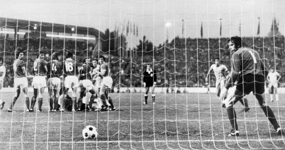 Uol Copa Do Mundo Veja Tudo Sobre Todas As Copas Alemanha Oriental Copa Do Mundo Selecao Brasileira
