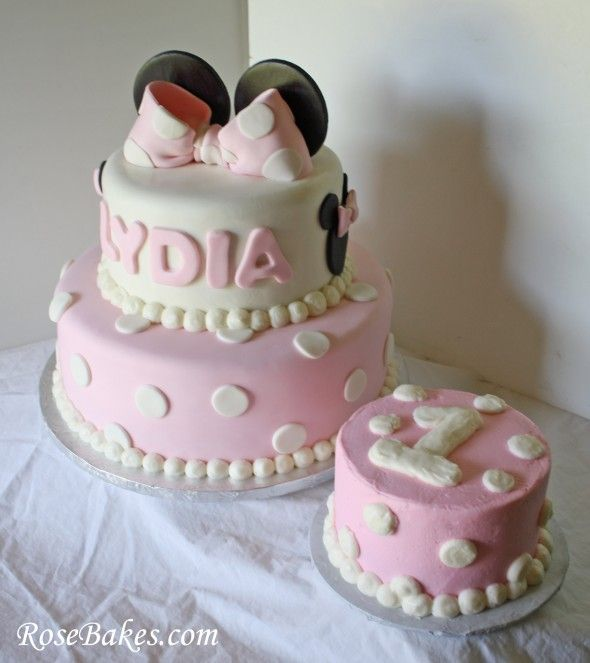 Minnie Mouse Birthday Cake Birthday cakes Birthdays and Cake
