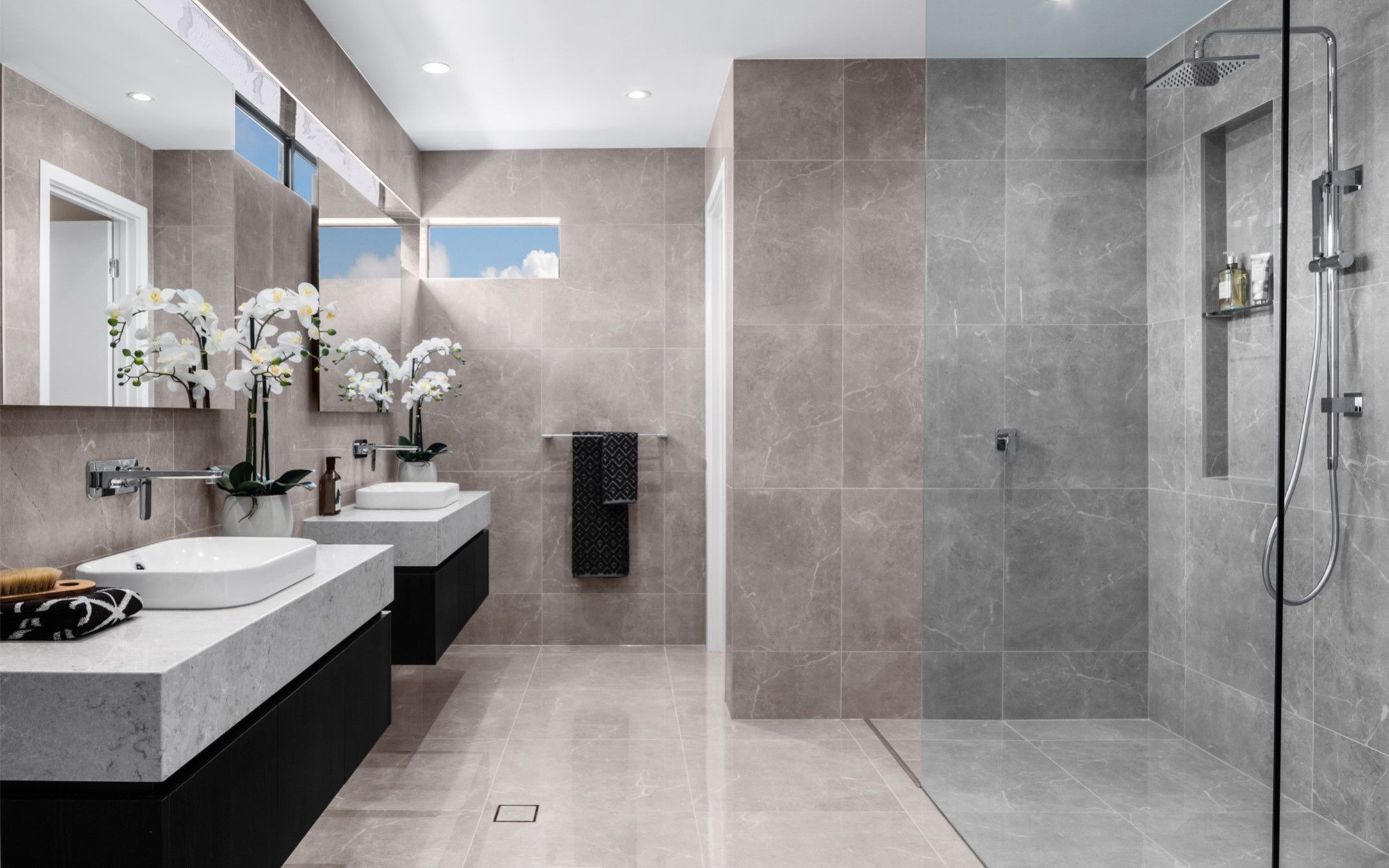 6 reasons why you should hire professionals for bathroom ...