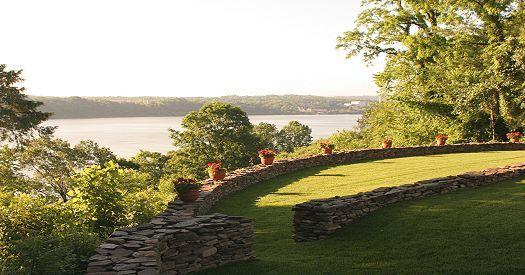 Hudson River lawn terrace, designed by LQ Interiors  Landscapes