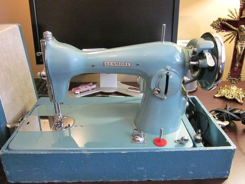 VINTAGE RARE LT BLUE SEARS KENMORE SEWING MACHINE 40s40s LIKE NEW Inspiration Blue Kenmore Sewing Machine