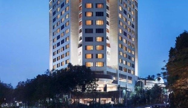 Hotel Bintang 5 Di Bandung Bisa Anda Cari Di Sini Kami Rekomendasi Daftar Nama Hotel Di Bandung Bintang 5 Beserta Alamat Lengkap Hotel Indonesia Kota Bandung