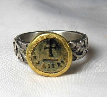 Ancient  Christian Coin Statement Ring  , gold and silver Ring,  authentic antique coin op Etsy, 140,77€